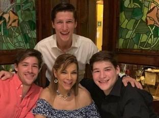 El hijo menor de Alfredo Adame yMary Paz Banquells recuerda el accidente en el que casi mueren él, su madre y su hermano.