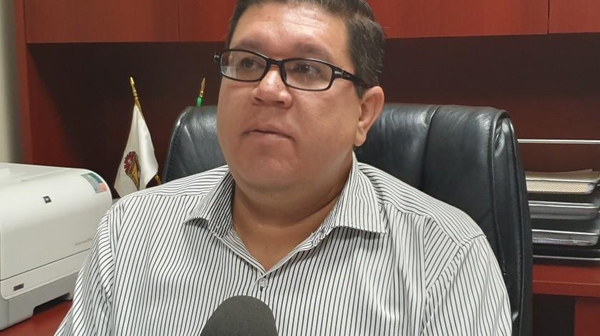 Sin dar a conocer el nombre de la funcionaria fue el síndico procurador, Héctor Israel Ceseña Mendoza, quien confirmó la resolución de Sindicatura, derivada de la entrega irregular de 81 bases al interior de la administración municipal.