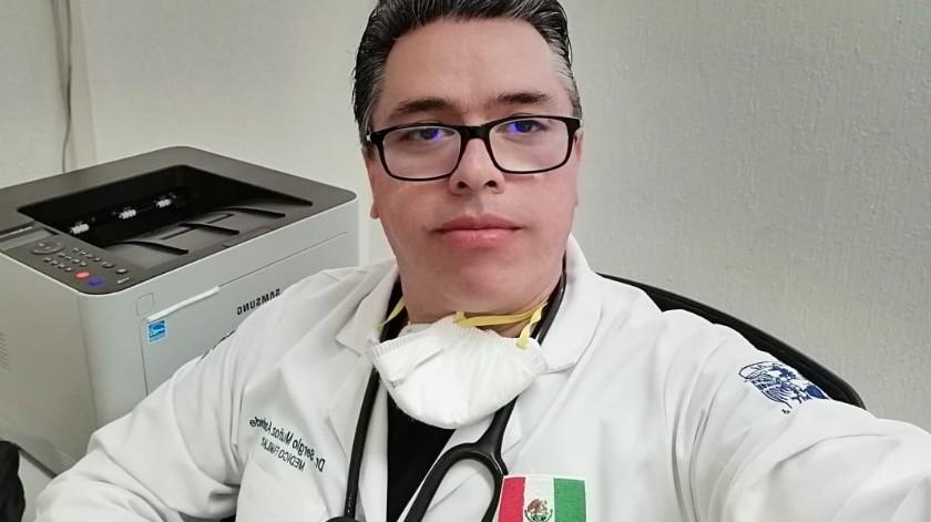 """""""Montaña rusa"""" de emociones en primera línea de atención ante Covid-19 vive el médico Sergio Muñoz(Cortesía)"""
