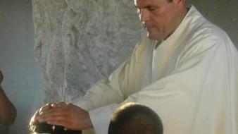 Internan a sacerdote con síntomas de Covid