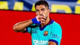 Suárez se proclama como el tercer máximo goleado del Barca, iguala a Kubal