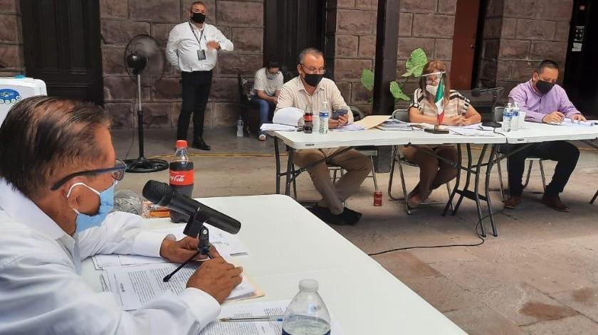 En sesión de Cabildo se aprobó el acuerdo que se pondrá en marcha al reactivarse la economía en Guaymas.(Especial)