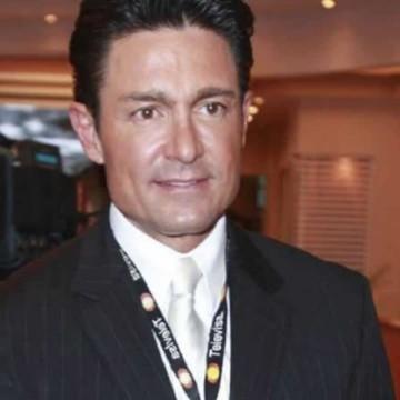 Fernando Colunga está devastado por la muerte de su padre? No pudo ...