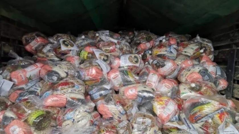 Damnificados de sismo 7.4 en Oaxaca reciben 10 toneladas de víveres y alimentos(El Universal)