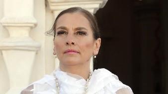 Beatriz Gutiérrez no acompañó a AMLO a Washington, pero manda saludos a