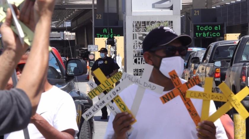 La protesta se reliazó en el puerto fronterizo de Tijuana-Estados Unidos.(Gustavo Suárez)