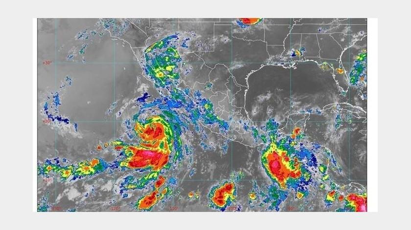 """El Meteorológico explicó que las lluvias y granizo se deben a la influencia de las ondas tropicales 14 y 15, un canal de baja presión y la tormenta tropical """"Cristina""""(Conagua)"""