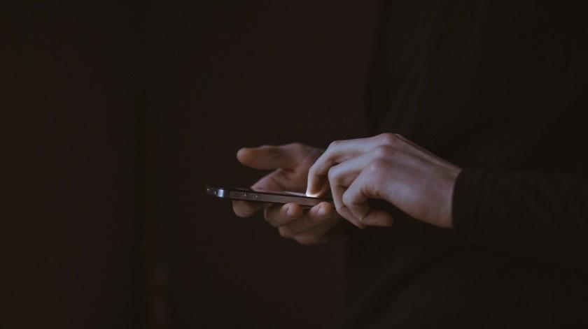 Un grupo de 20 adolescentes compartían en sus celulares pornografía infantil y videos de suicidios.(Pixabay)
