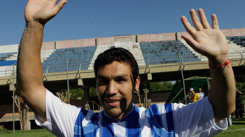 Paraguay Cabanas Comeback Soccer(AP, AP)
