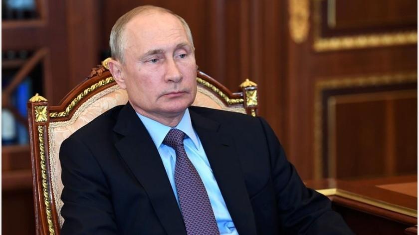 Putin prevé que sanciones contra Rusia continuarán desde Occidente(EFE)