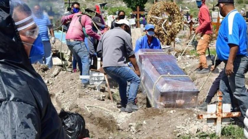 México supera las 35 mil muertes por Covid-19 y es cuarto a nivel mundial(EFE)