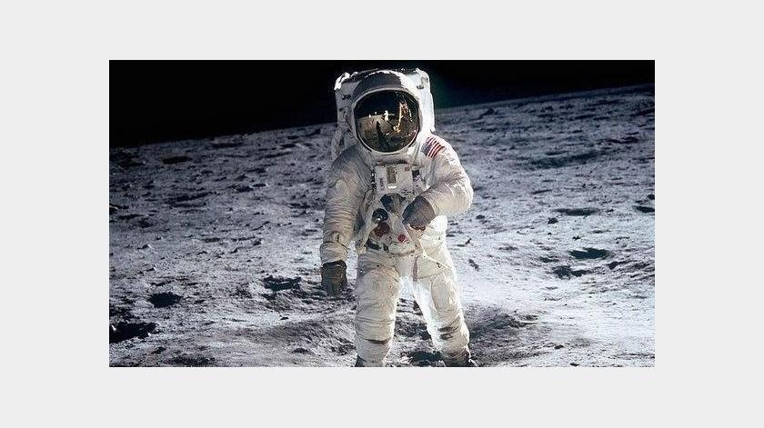 ¿Qué pasa si pasas solo 30 segundos en la luna sin un traje espacial?