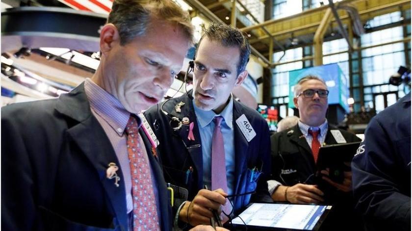 Diez minutos después del inicio de las operaciones en la Bolsa de Nueva York, el Dow Jones subía 195,51 puntos, hasta los 26.270,81 enteros; y el selectivo S&P 500 ganaba un 0,78 % o 24,74 puntos, hasta 3.209,78 puntos.(EFE)