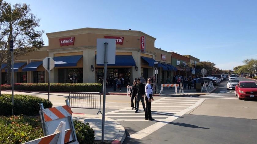 Actividades como restaurantes y centros comerciales deben cerrar de nuevo.(Banco Digital)