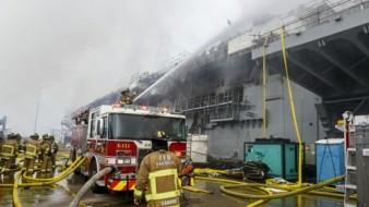 Al martes por la mañana se reportó que 61 personas recibieron tratamiento médico, 38 marineros y 23 civiles, por inhalación de humo.