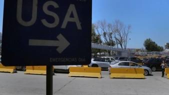 Autoridades mexicanas anunciaron que las restricciones para el cruce de México a Estados Unidos se prolongarán un mes más.