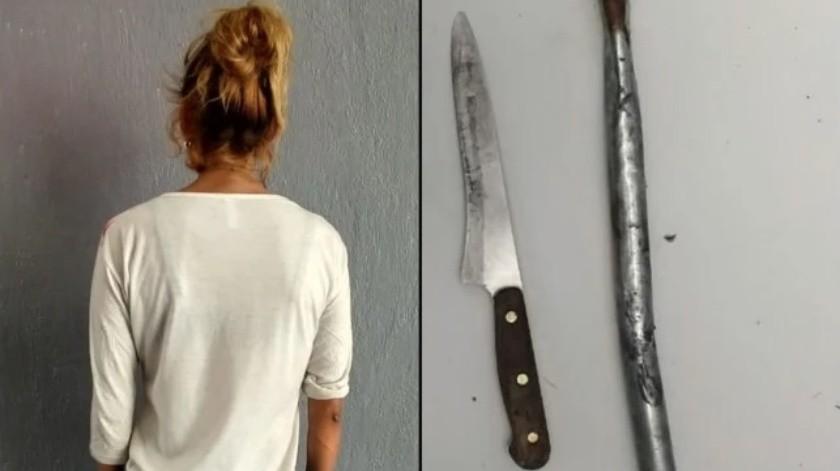 Detienen a mujer mientras perseguía a su marido con un cuchillo(Especial)