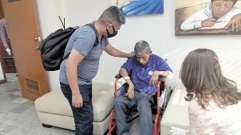 Tras 14 años sin su familia, don René se encuentra en su hogar en Veracruz