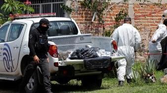 Fiscalía de Jalisco halla 23 cuerpos en fosa clandestina
