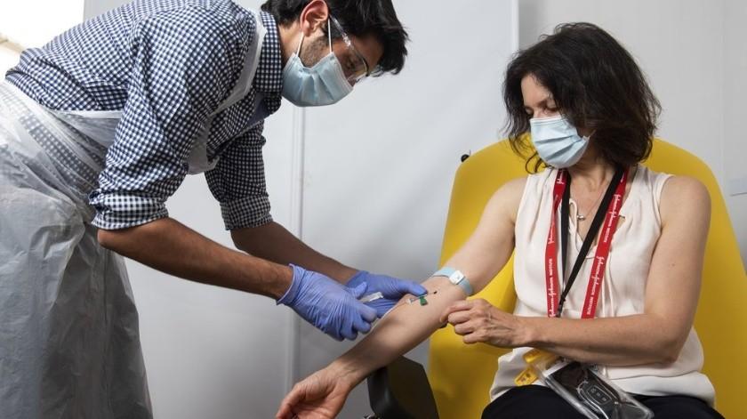 Vacuna contra coronavirus de Oxford activa sistema inmune con resultados positivos(AP)