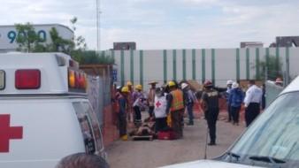 Tres trabajadores resultan lesionados tras derrumbe en construcción en Proyecto Río Sonora