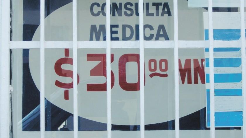 Los trabajadores de la salud se ven expuestos en la atención de los pacientes.(Jesus Bustamante)