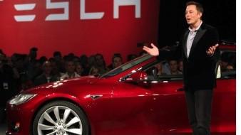 Tesla acusa a su rival Rivian de robo de secretos tecnológicos y de empleados