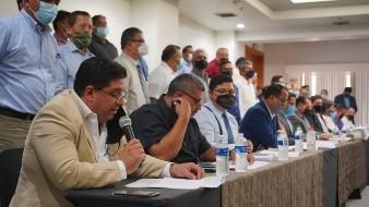 Líderes religiosos comentan estar en contra de la iniciativa del matrimonio igualitario