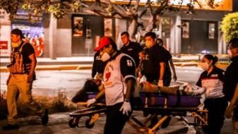 La mujer fue trasladada a la Cruz Roja casi a la medianoche.