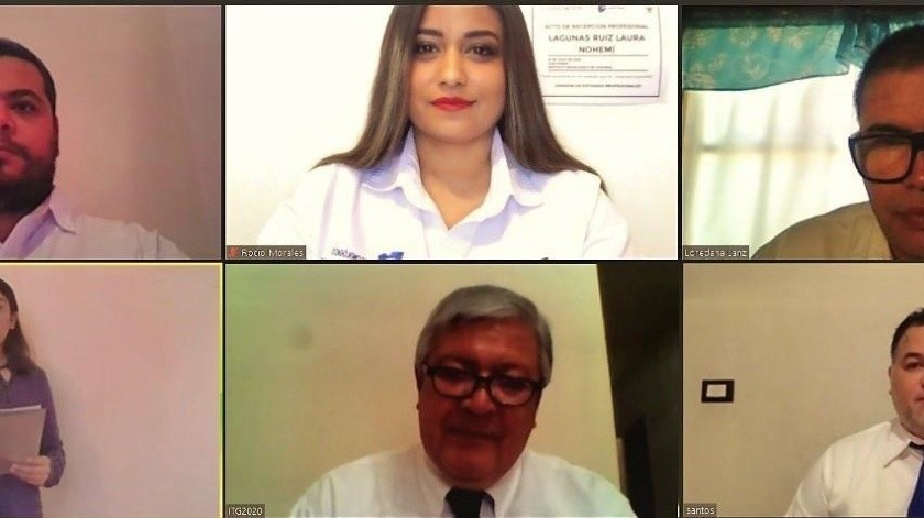 Laura Nohemí Lagunas Ruiz es la primera guaymense en titularse de manera virtual, debido a la pandemia por el coronavirus.(ESPECIAL)