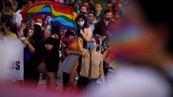 Se unen en caravana para mostrar apoyo a matrimonio igualitario
