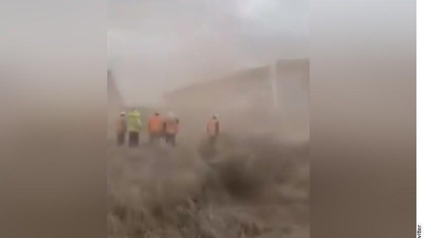 Varios medios de comunicación en ambos lados de la frontera informaron sobre el video viral y repitieron la afirmación de que mostraba daños por el huracán Hanna.