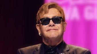 Elton John celebra 30 años de sobriedad