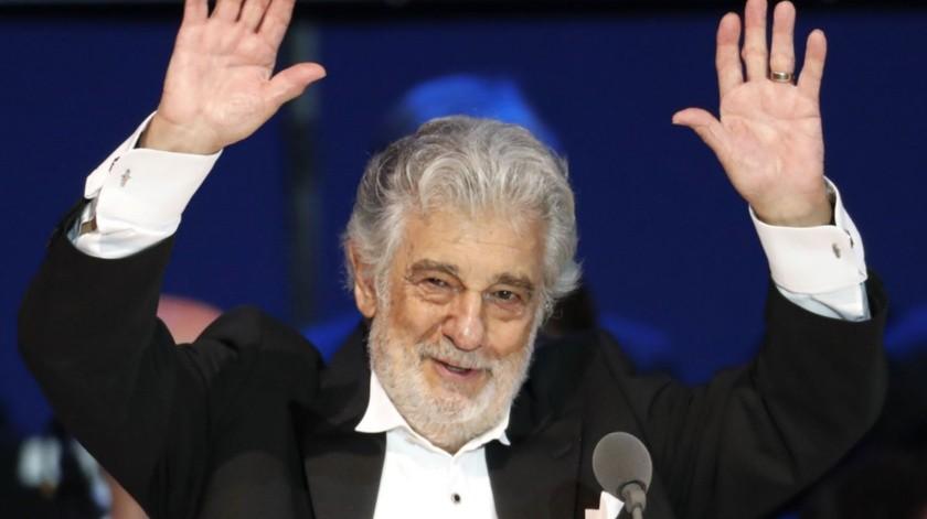 El tenor español Plácido Domingo durante un concierto en Szeged, Hungría.(AP)