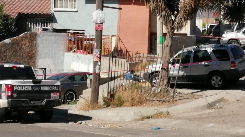 Lo ejecutan en calles de Villas de Baja California(Margarito Martínez)