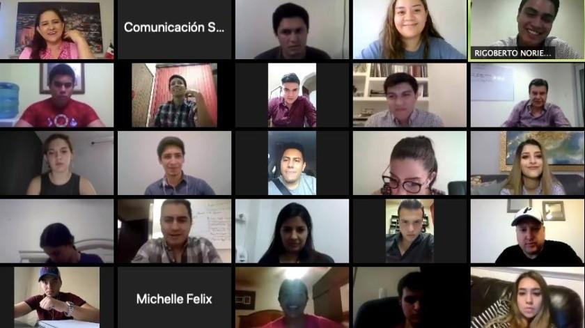 Reunión de la alcaldesa Célida López con los jóvenes.(nota2)