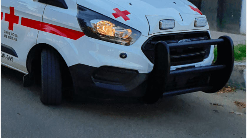 Tras chocar el vehículo en que circulaba contra un domicilio de la colonia San Benito, una joven perdió la vida y otra persona más quedó herida, aparentemente de gravedad.(Ilustrativa)