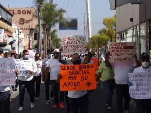 Protestan para pedir reapertura de bares en Tijuana