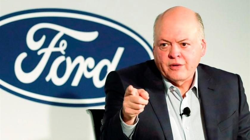 CEO de Ford se retira en medio del plan de reestructuración de la empresa(EFE)
