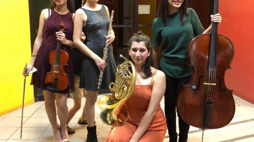 Integrantes de Classical Femmes (de izquierda a derecha): Astrid Ruelas, Paulina Sánchez Rubio, Lesly Sandoval y Andrea Ruelas, a quienes suma su talento la pianista Celeste Amador.(Cortesía)