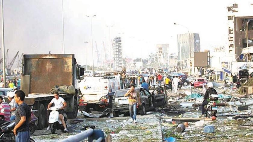 Una poderosa explosión causó devastación en Beirut, Líbano. Autoridades dijeron que al menos hay 70 muertos y tres mil lesionados.