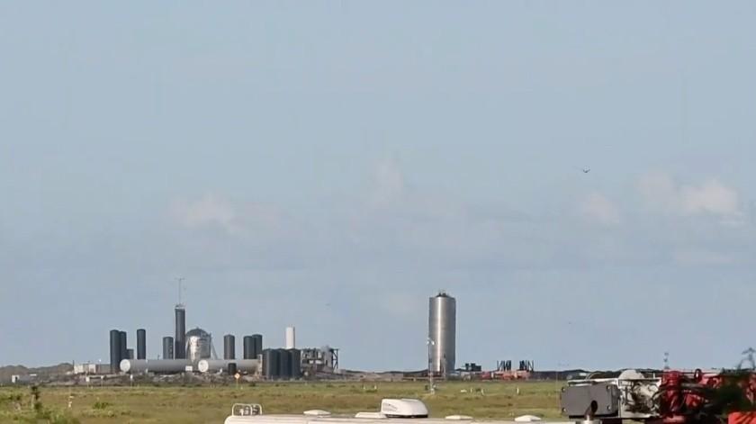 SpaceX vuela con éxito su prototipo de nave espacial(Tomada de la red)