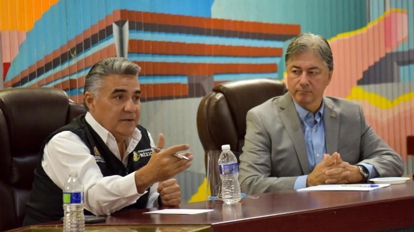 En el encuentro con el delegado federal estuvieron líderes empresariales de la ciudad.(Cortesía)