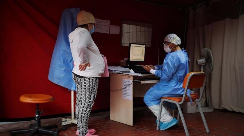 FOTOS: Traen vidas al mundo durante la pandemia; soledad, desatención y miedo(EFE)
