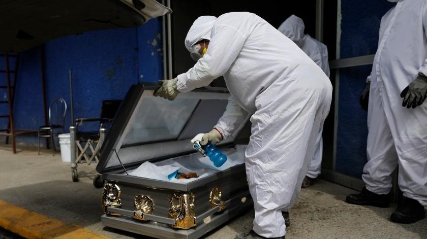 México rebasa las 50 mil muertes por Covid-19 a 160 días del primer caso(Copyright 2020 The Associated Press. All rights reserved., AP)