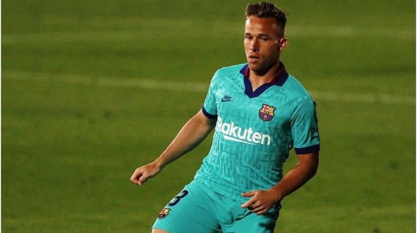 Arthur llegará este viernes a Barcelona para arreglar sus problemas con el club(Instagram @arthurhmelo)