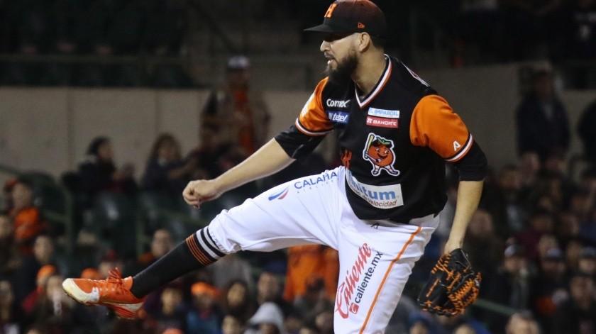 El lanzador espera aportar su experiencia en la próxima temporada.(Banco Digital)