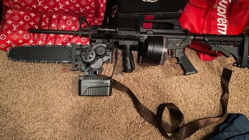 ¡Letal! Aseguran rifle con aditamento de motosierra(Especial)