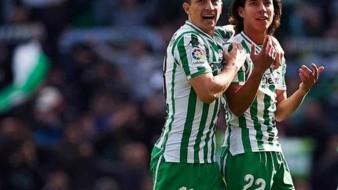 Guardado y Lainez presentes en la lista de pretemporada de Pellegrini con el Betis