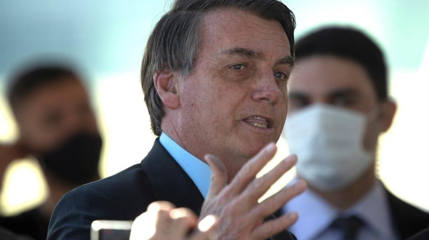 Bolsonaro anuncia envío de ayuda para Líbano y de expertos para las pericias(EFE)